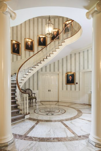 Louisiana-Governors-Mansion-Staircase