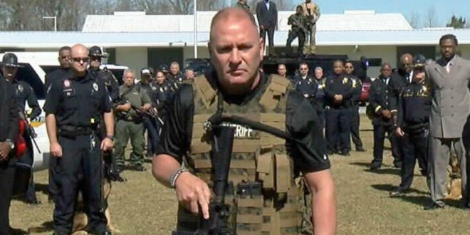 """Higgins Eager to Film Video in Immigration Camp Amid """"Menacing MS-13"""" Toddlers"""