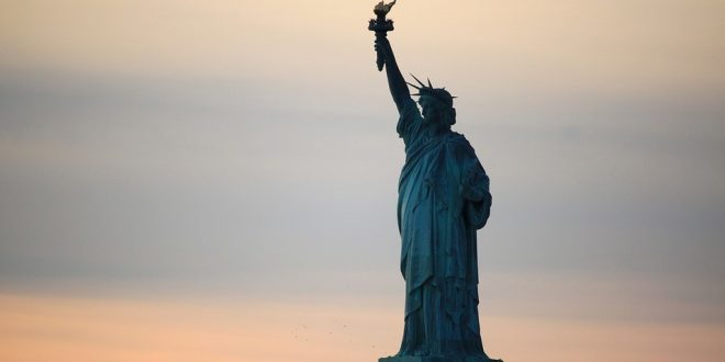 They Were Tearing Down Liberty >> It S Time To Take Down The Statue Of Liberty Seriously The Red